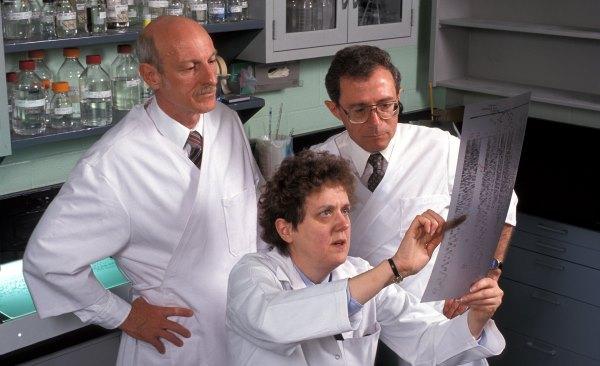 Хлоргексидин для лечения молочницы у женщин. Состав, свойства, инструкция по применению