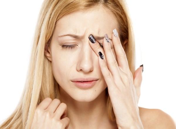 Катаракта глаза. Симптомы болезни, лечение народными средствами, операция