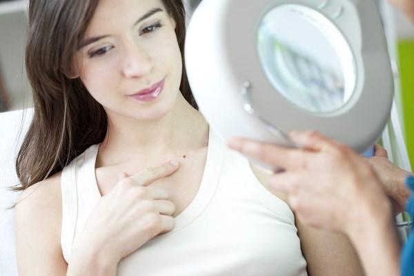 Контактный дерматит. Симптомы, лечение медикаментами и народными средствами