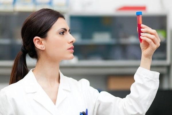 Симптомы пониженного гемоглобина в крови у женщин 40-60 лет, при беременности, после родов