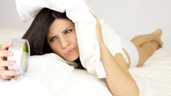 Снотворное без рецептов для крепкого сна взрослым и пожилым. Список лекарств моментального действия