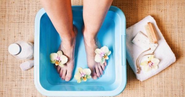Причины и лечение судорог в ногах. Что делать, если сводит судорога ночью у взрослых и пожилых. Народные средства и медикаменты