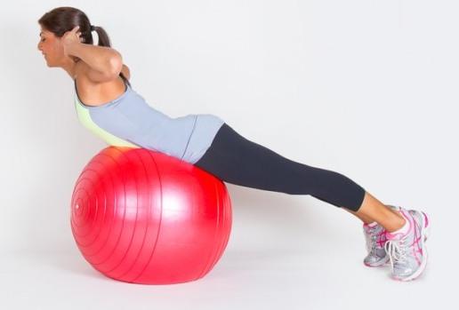 Зарядка для спины и позвоночника на мяче, стуле, валике, шведской стенке; при остеохондрозе, грыже, сколиозе, при беременности