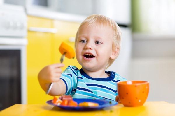 Мононуклеоз у детей. Что это, симптомы и лечение, инфекционный, вирусный, хронический. Стадии, чем опасен, осложнения, последствия после болезни
