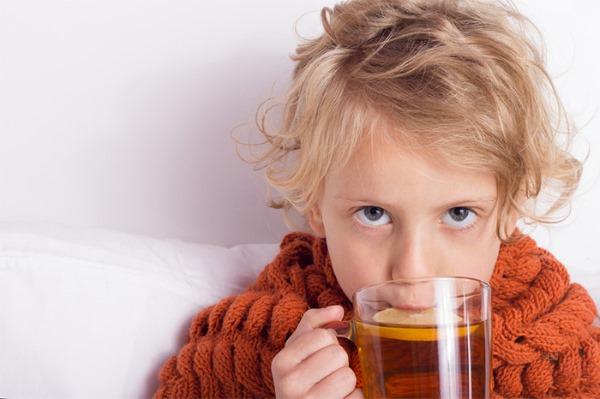 Першение в горле и сухой кашель. Причины и лечение, как избавиться лекарствами и народные средства