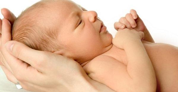 Желтуха у новорожденных. Причины и последствия, лечение в роддоме и домашних условиях