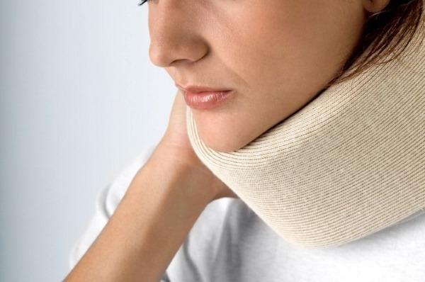 Зоб щитовидной железы. Что это такое, причины, симптомы и лечение. Народные средства, препараты, диета