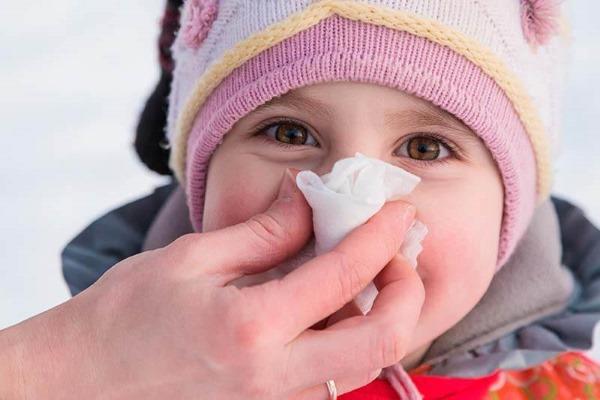 Лимфоциты повышены у ребенка в крови, нейрофилы понижены. О чем это говорит, норма по возрасту, таблица. Причины, симптомы
