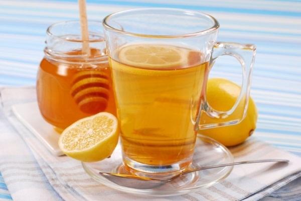 Народные средства от поноса у взрослого. Рецепт из гранатовых корок, водка с солью, крепким чаем, крахмалом. Как принимать