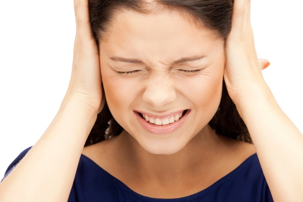 Шум в ушах и голове причины давление