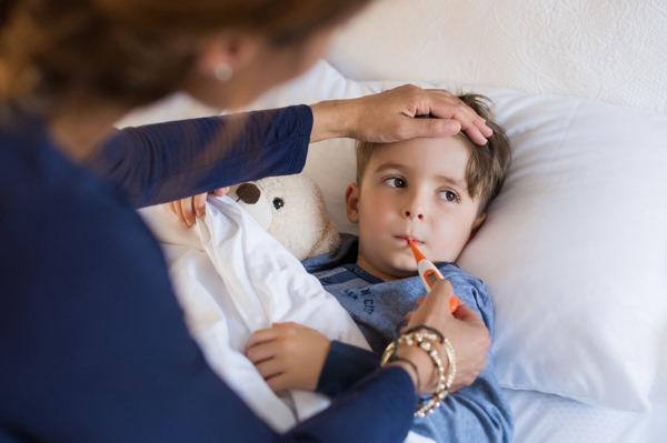 Симптомы и лечение воспаления легких у детей. Как протекает, стадии. Препараты, народные средства, последствия