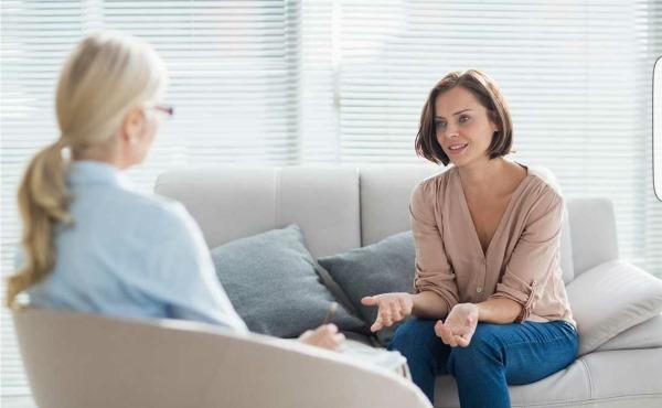 Шизофрения. Симптомы и признаки у мужчин, женщин, в пожилом возрасте, подростков. Лечение народными средствами, препараты, общение