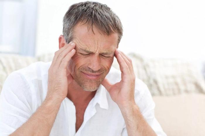 Головокружение и тошнота. Причины у мужчин при давлении, внезапное, как лечить, народные средства
