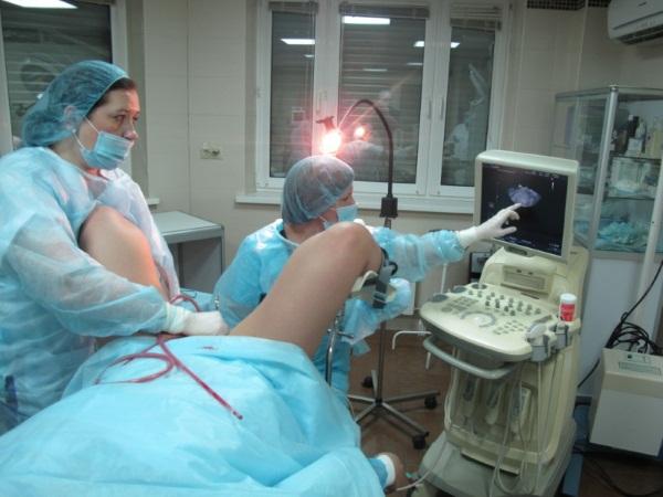 Цистоскопия мочевого пузыря у женщин: как делают, подготовка, отзывы. Цистоскопия мочевого пузыря у мужчин и детей.