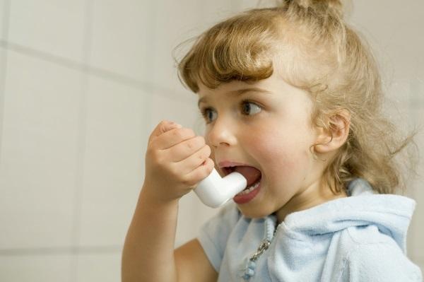 Аллергический кашель у ребенка. Симптомы и лечение. Народные средства, препараты в таблетках, сиропы