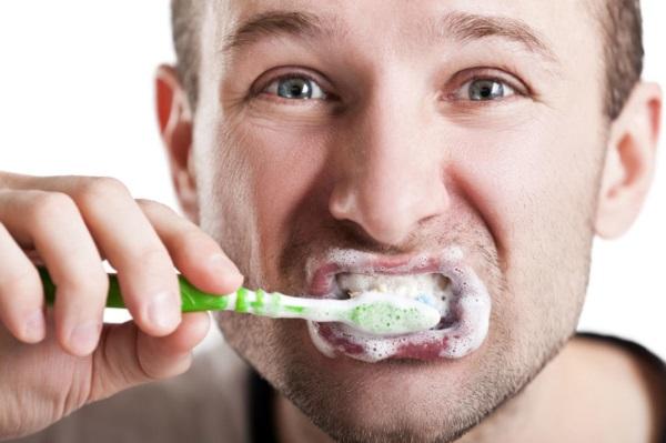 Перегар. Как избавиться от запаха, народными средствами в домашних условиях. Сколько держится