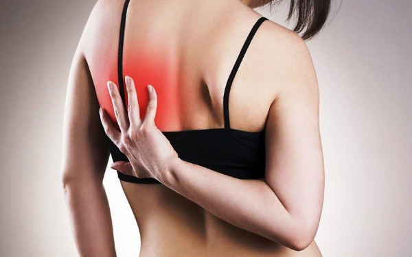 Сердечный приступ. Симптомы у женщин, первая помощь, что делать, лечение