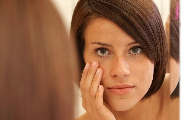 Отек лица: 4 причины и методы устранения в домашних условиях