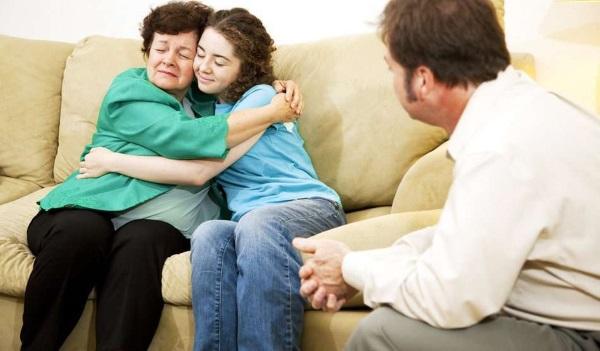 Анорексия у подростков мальчиков и девочек. Признаки, что делать, причины и лечение