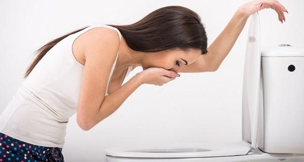Причины тошноты у женщин кроме беременности, без отравления, после еды легкая тошнота в течение дня