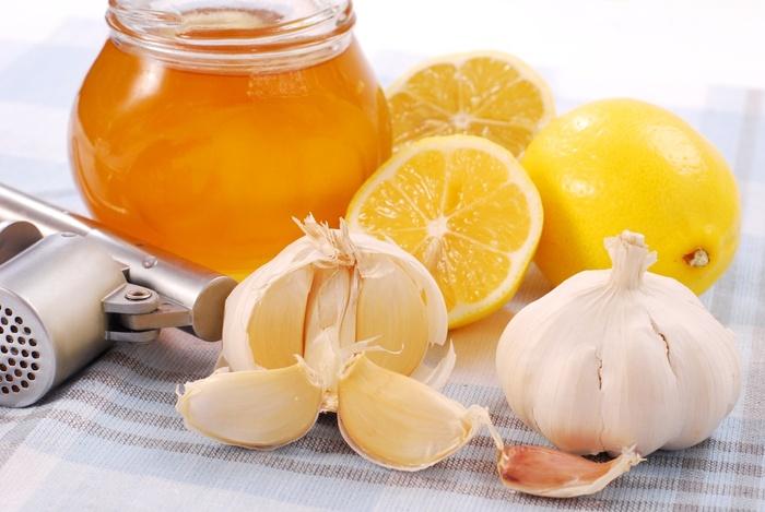 Как принимать льняное масло в лечебных целях, для похудения, при запорах. До или после еды, противопоказания