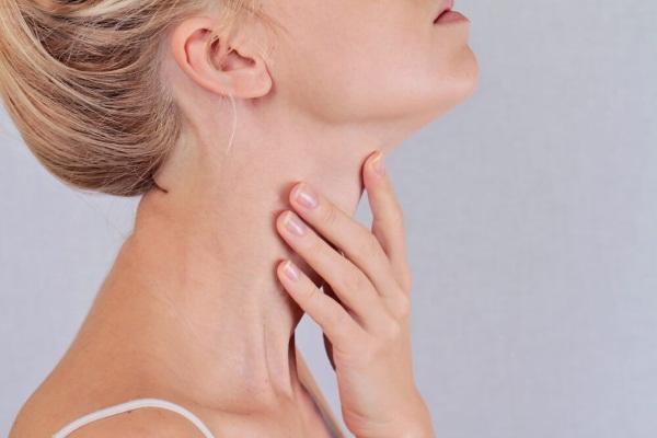 Постоянное, частое першение в горле, сухой кашель. Причины и лечение