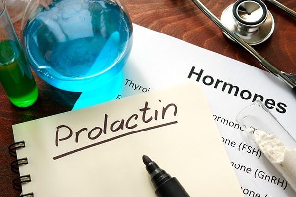 Пролактин повышен у девушки