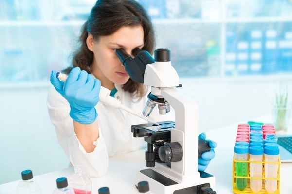 Атипичные лимфоциты в анализе крови у взрослых, ребенка понижены, повышены. Что это значит, норма