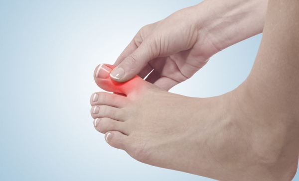 Болит палец на ноге большой. Причины, суставы, ногти, косточка, подушечки при ходьбе