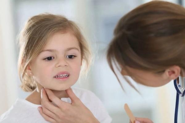 Дифтерия у детей. Симптомы, профилактика, пути передачи, лечение