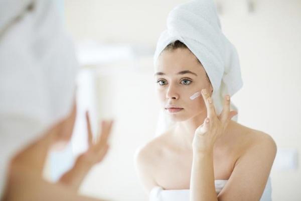 Кремы от покраснения на лице, шелушения, раздражения кожи в аптеке. Отзывы