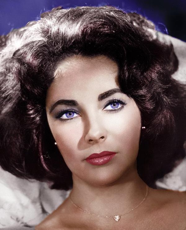 Фиолетовые глаза у человека от природы. Фото, причины, существует ли