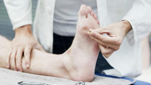 Нейропатия нижних конечностей. Симптомы, препараты, лечение у пожилых, детей, взрослых